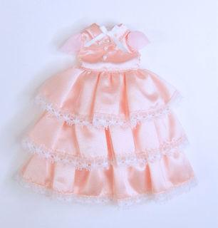 ピンクのドレス1.jpg